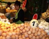 ... und Eier in allen Größen...